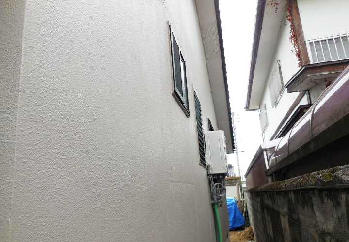 カビの多かった外壁北面も超防カビ仕様できれいに長持ちするようになりました。
